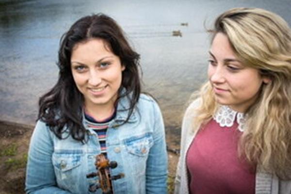 Danelle & Céline Doucet